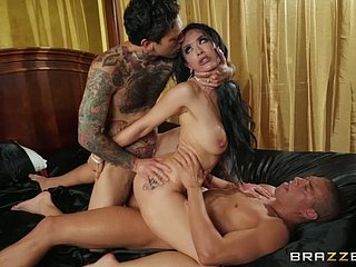 Tattooed MILF Katrina Drill-hole not far from double penetration role of