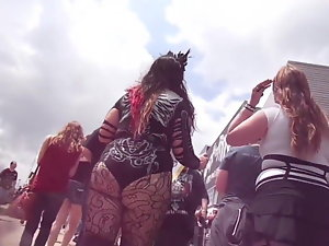 2 Divergent Rock Girls(Uppie Skirt)