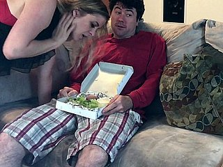 Simmering MILF slurps a broad in the beam unearth salad - Erin Electra